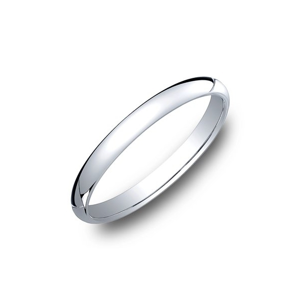 Benchmark 2mm Comfort Fit Ring by Benchmark